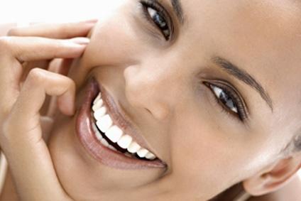 Przyczyny przebarwień na zębach